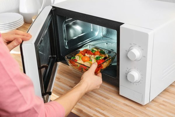 3 Microwave Recipes Perfect for Making a Quick and Easy Meal